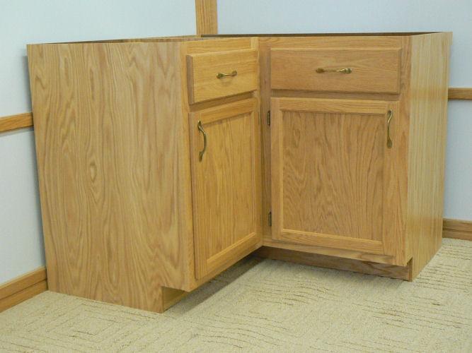 Superbe A 20.5 Inch Base Cabinet