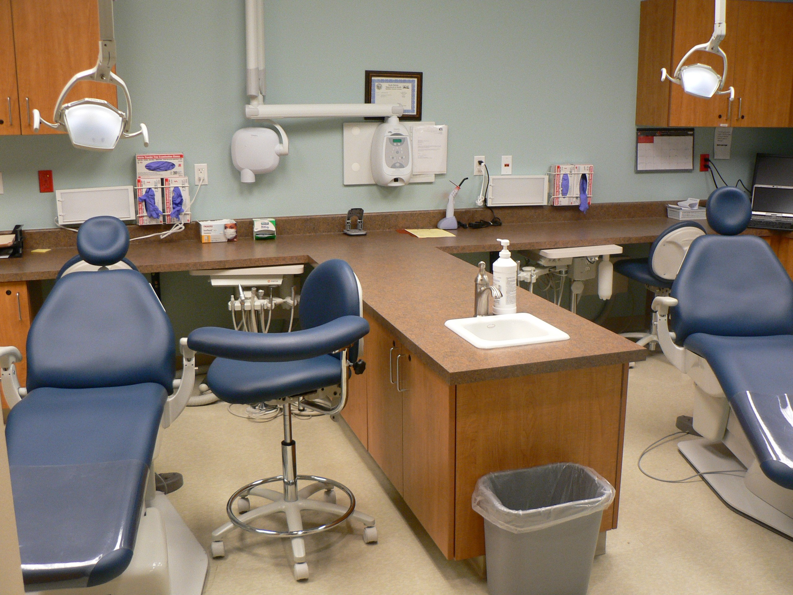 A view of the dental office.
